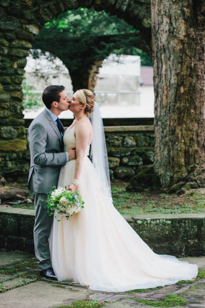 5 Romantic Wedding Venues in the Hudson Valley : Brotherhood Winery
